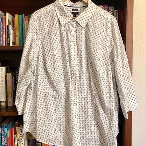 Talbots wrinkle resistant anchor motif shirt